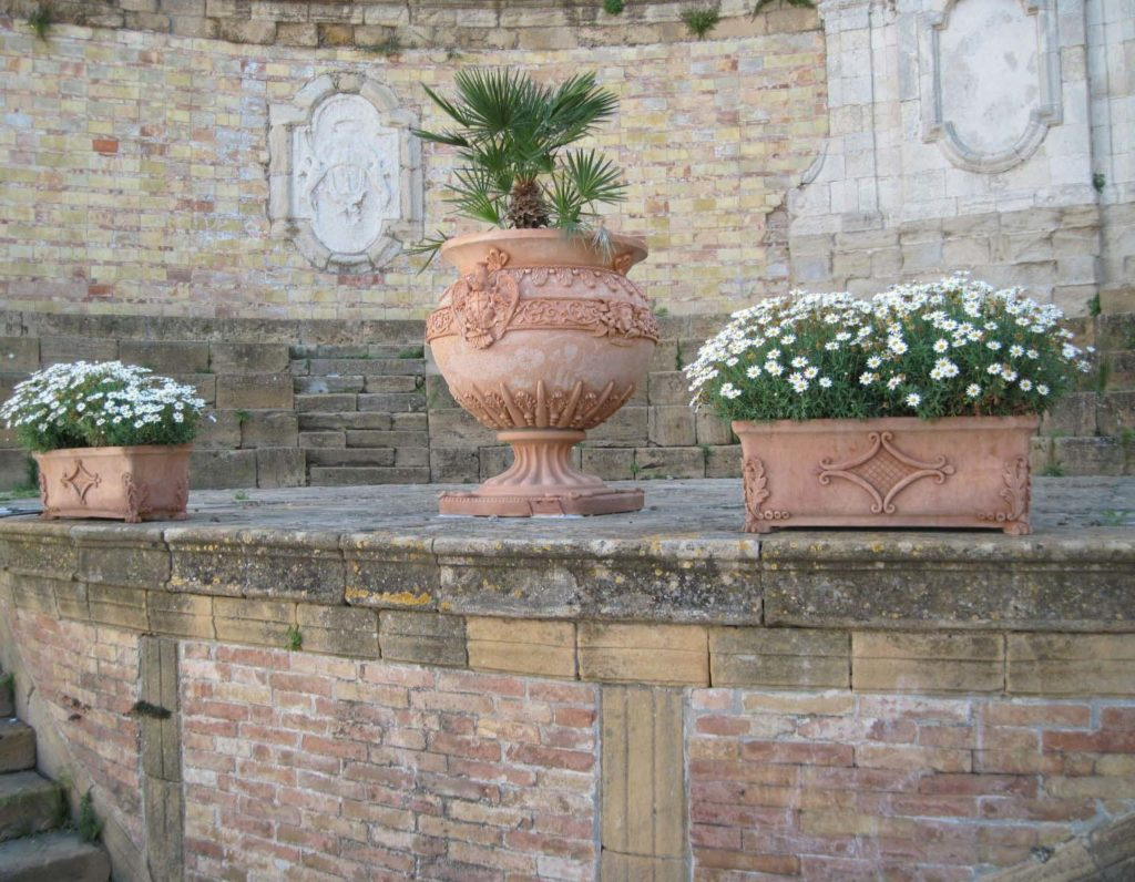 Vasi di terracotta Ceramiche Ripullo Caltagirone