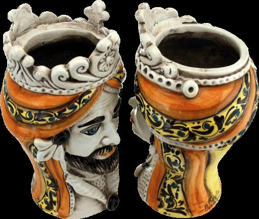 coppia di teste in ceramica, teste di caltagirone, vasi,